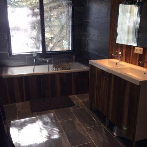 bardage mural int rieur bois anciens ch ne et madrier d co la grange bois. Black Bedroom Furniture Sets. Home Design Ideas